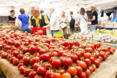 Mercado de rua do vegetal de fruto dos tomates Imagem de Stock