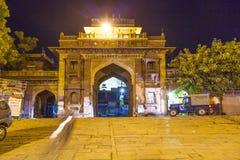 Mercado de Sardar en el clocktower por noche Fotografía de archivo libre de regalías