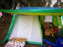 Mercado del artículo y de accesorios que acampan Imagen de archivo libre de regalías