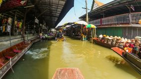 Mercado del barco de Tailandia del lapso de tiempo del paseo del barco