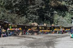 Mercado del pavimento de frutas imagen de archivo libre de regalías