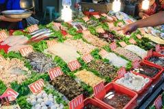 Mercado do alimento da rua na ilha de Cijin - Kaohsiung, Taiwan Foto de Stock Royalty Free