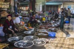 Mercado do alimento, Dali Old Town, província de Yunnan, China fotografia de stock