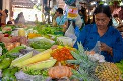 Mercado do alimento de Siem Reap, Camboja 5 de setembro de 2015 Foto de Stock