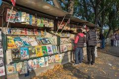 Mercado do livro em Paris Foto de Stock