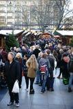 Mercado do Natal na catedral da água de Colônia Foto de Stock Royalty Free