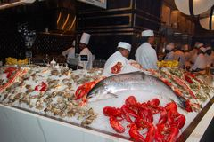 Mercado e restaurante do marisco dos peixes imagem de stock