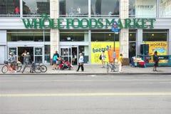 Mercado entero de los alimentos Imagen de archivo libre de regalías