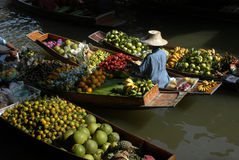 Mercado flotante Foto de archivo