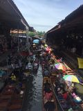 Mercado flotante Fotos de archivo