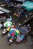 Mercado flotante de Amphawa, Tailandia Fotos de archivo