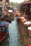 Mercado flotante de Damnoen Saduak foto de archivo