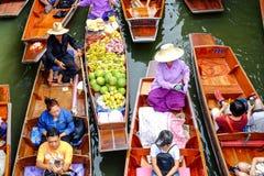 Mercado flotante de Damnoen Saduak Imagen de archivo