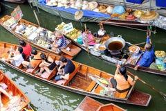 Mercado flotante de Damnoen Saduak Imagen de archivo libre de regalías