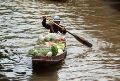 Mercado flotante de Damnoen Saduak en Tailandia Fotos de archivo