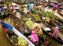 Mercado flotante de Lokbaintan Foto de archivo