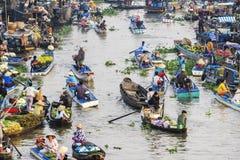Mercado flotante de Nga Nam por la mañana Foto de archivo