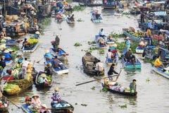 Mercado flotante de Nga Nam por la mañana Fotos de archivo