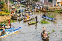 Mercado flotante de Nga Nam por la mañana Imagenes de archivo