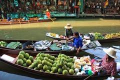 Mercado flotante, Tailandia Foto de archivo libre de regalías