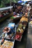 Mercado flotante, Tailandia Fotos de archivo