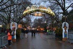 Mercado Hyde Park London do Natal da entrada Fotografia de Stock Royalty Free
