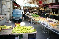 Mercado italiano Fotos de archivo libres de regalías