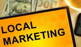 Mercado local das palavras na tabuleta Imagem de Stock Royalty Free
