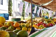 Mercado local de la comida foto de archivo