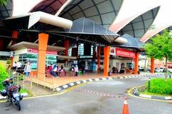 Mercado mojado del nuevo fin de semana de Satok para la comida Kuching Sarawak Malasia de las legumbres de fruta fresca imagenes de archivo