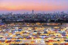 Mercado Rata-cha-DA de la noche del tren fotos de archivo libres de regalías
