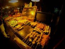 Mercado Tailandia del tren foto de archivo