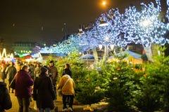 Mercado tradicional de la Navidad en la Estrasburgo histórica Francia Foto de archivo