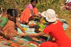 Mercado tribal do vale de Araku, Vishakhapattnam, Índia foto de stock