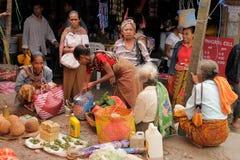 Mercado tribal tradicional em uma ilha Timor, Indonésia Fotografia de Stock
