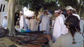 Mercado velho da arma de Nizwa, Omã filme