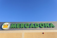 Mercadona supermarketlogo, Spanien Royaltyfria Bilder