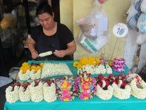24 mercados de la flor de la hora en Bangkok Imágenes de archivo libres de regalías