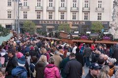 Mercados de la Navidad en el mercado de la col en Brno Fotos de archivo