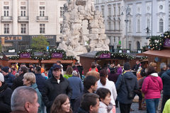 Mercados de la Navidad en el mercado de la col en Brno Imágenes de archivo libres de regalías