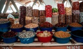 Mercancías deliciosas en el mercado Fotografía de archivo