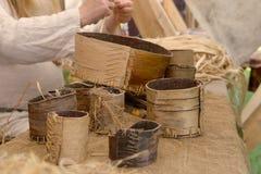 Mercancías medievales de la corteza de abedul Fotos de archivo