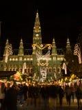 Mercati di Natale di Vienna a Rathaus Immagine Stock Libera da Diritti