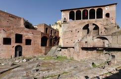 Mercati di Traiano em inglês chamado como o mercado de Trajans em Roma Fotografia de Stock