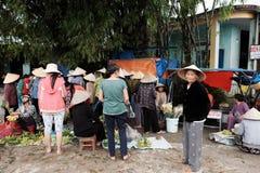 Mercato all'aperto dell'agricoltore, mercato tradizionale Fotografie Stock