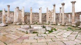 Mercato antico dell'agora della città di Jerash Immagine Stock