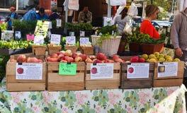 Mercato degli agricoltori di Reston di giorno di apertura nella Virginia Fotografie Stock Libere da Diritti