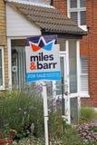 Mercato degli alloggi da vendere il segno Immagine Stock Libera da Diritti