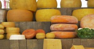 Mercato del formaggio stock footage