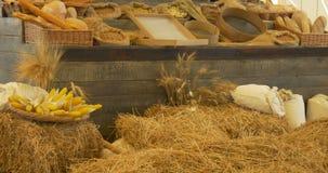 Mercato della pasta del pane del cereale stock footage
